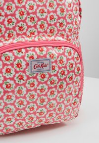 Cath Kidston - KIDS CLASSIC LARGE WITH POCKET - Batoh - pink - 2