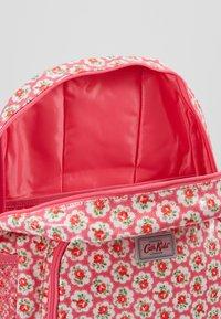 Cath Kidston - KIDS CLASSIC LARGE WITH POCKET - Tagesrucksack - pink - 5