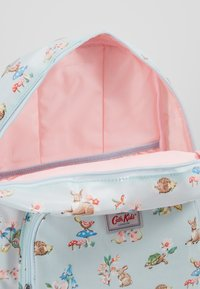 Cath Kidston - KIDS CLASSIC LARGE WITH POCKET - Batoh - soft green - 5