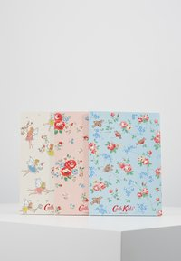 Cath Kidston - DINOS IN LONDON KIDS 3 PACK NOTEBOOKS - Jiné - mint
