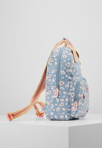 Cath Kidston - MED BACKPACK WASHED DITSY - Reppu - washed ditsy ladybird - 4