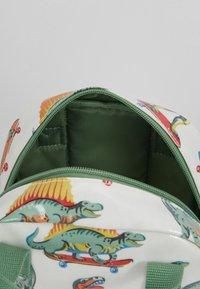 Cath Kidston - MED BACKPACK SKATEBOARD DINO - Reppu - white/green - 5