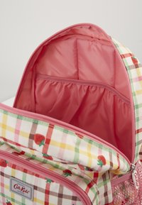 Cath Kidston - KIDS CLASSIC LARGE WITH POCKET - Batoh - light pink - 4