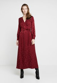 Cortefiel - WRAP STYLE LONG DRESS - Vestido largo - reds - 0
