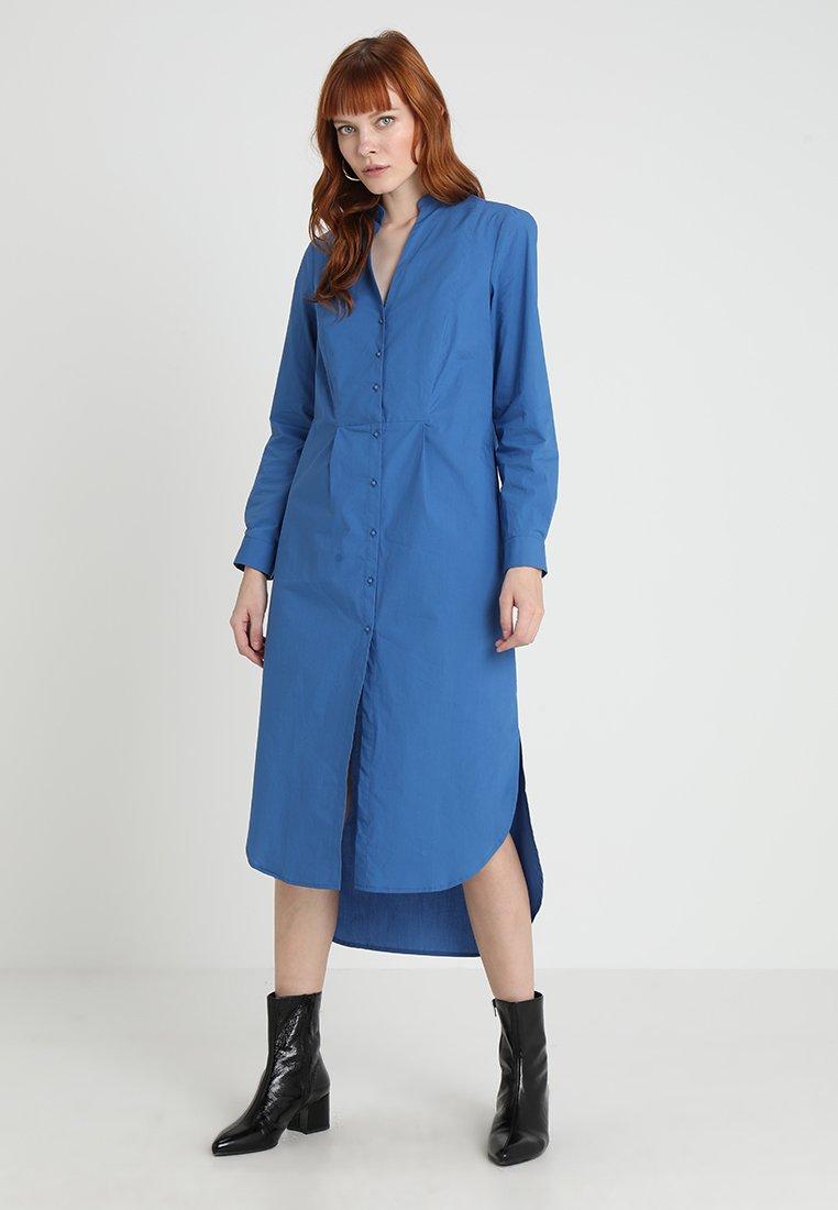 Cortefiel - POPLIN KAFTAN - Robe longue - blue