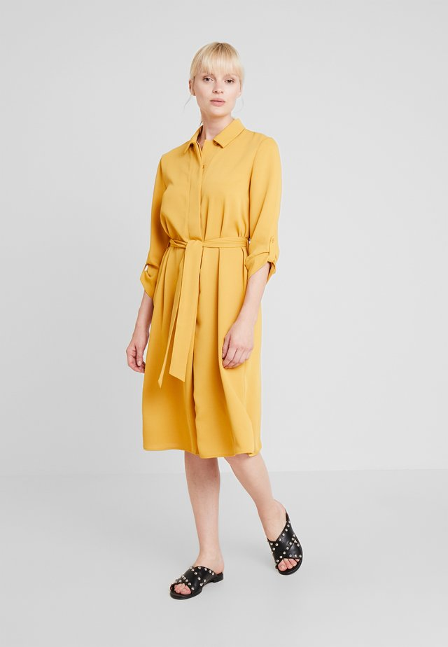 TEXTURED STYLE DRESS - Blousejurk - yellows