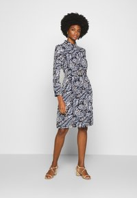 Cortefiel - PRINTED STYLE DRESS - Vestido camisero - blue - 1
