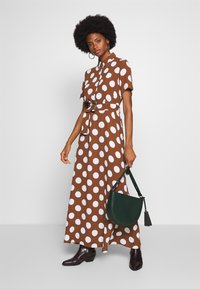 Cortefiel - PRINTED STYLE LONG DRESS - Maxikjole - tan - 1