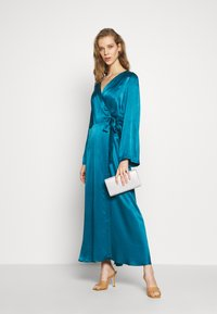 Cortefiel - WRAP LONG DRESS - Iltapuku - medium blue - 1