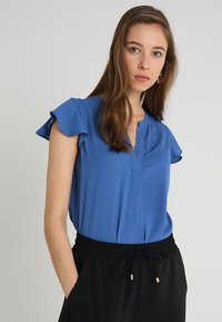 Cortefiel - BLOUSE WITH FRILLED SLEEVES - Blusa - blues - 0