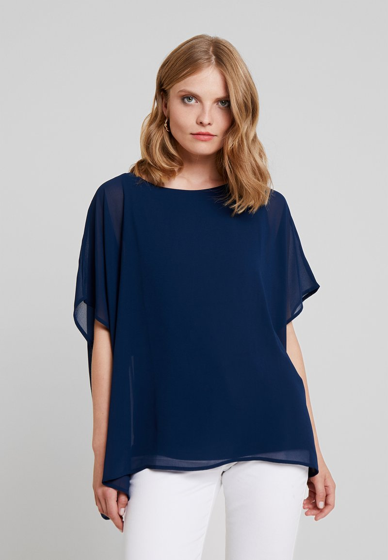 Cortefiel - CREW NECK  AND OVERSIZED - Blusa - marine blue