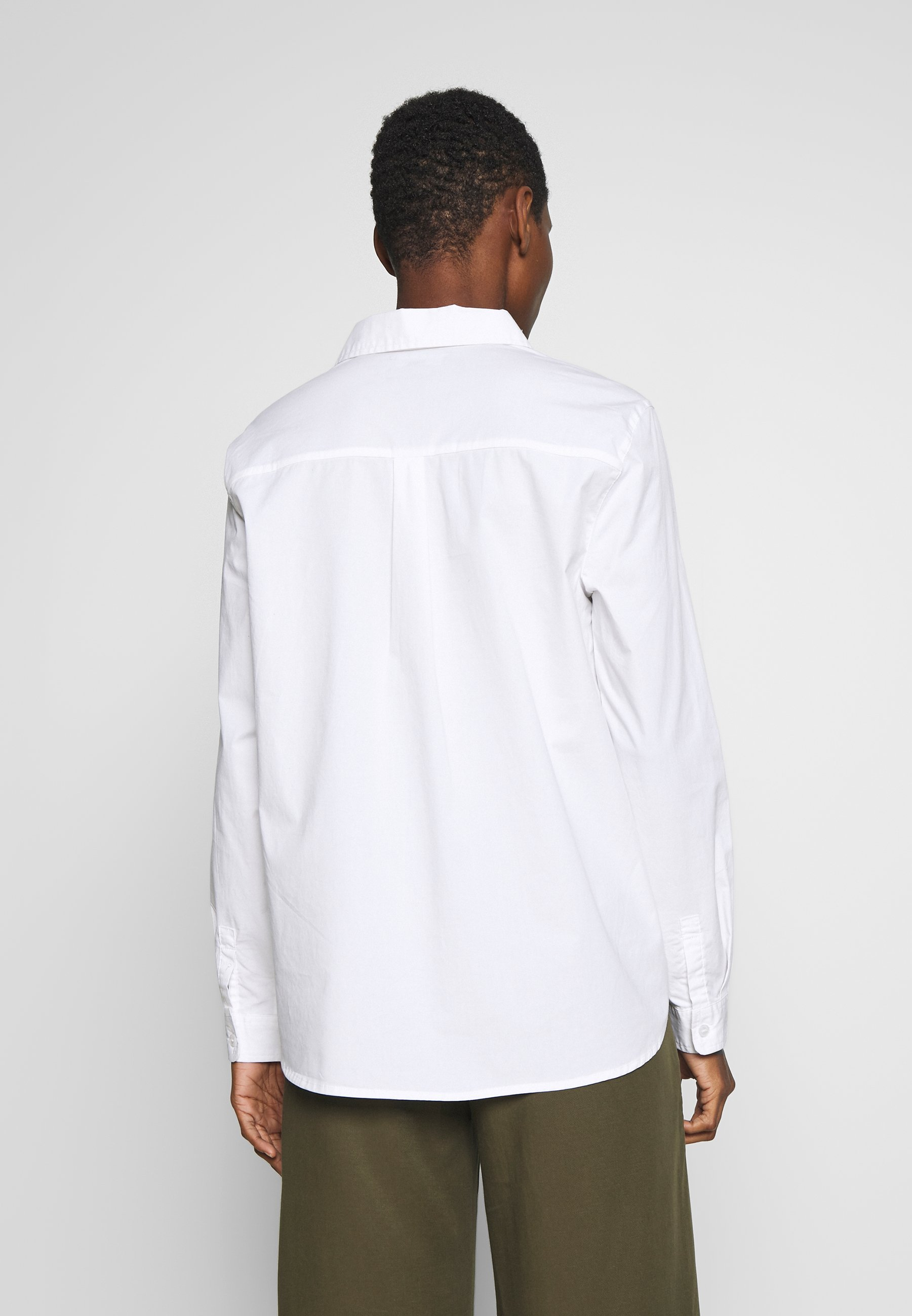 Cortefiel POLO NECK BLOUSE WITH EMBROIDERY DETAIL - Skjorte - white
