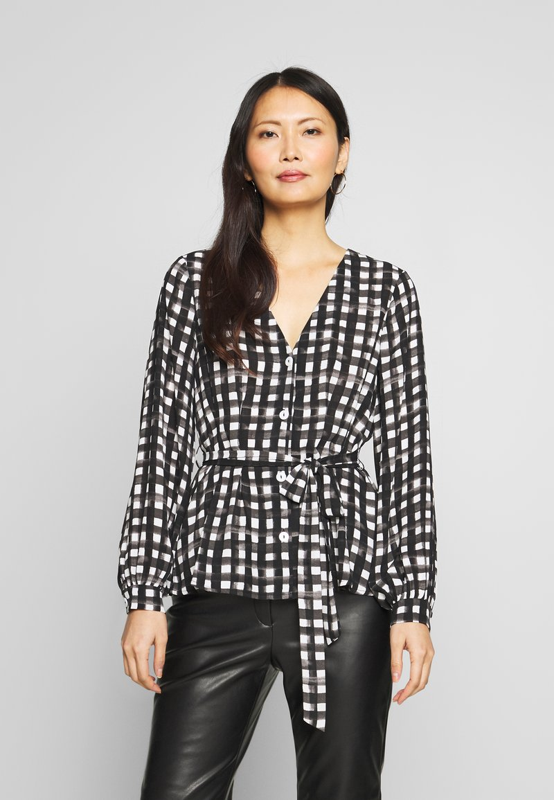 Cortefiel - V-NECK VICHY BLOUSE WITH BELT - Blusa - black