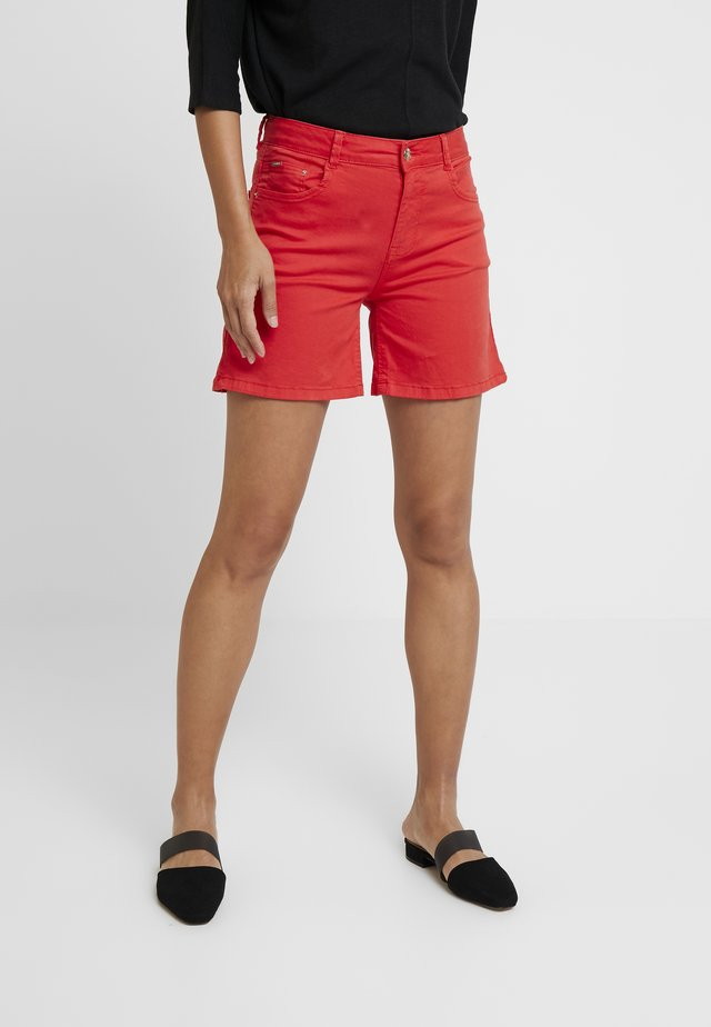 BASIC - Shorts vaqueros - red