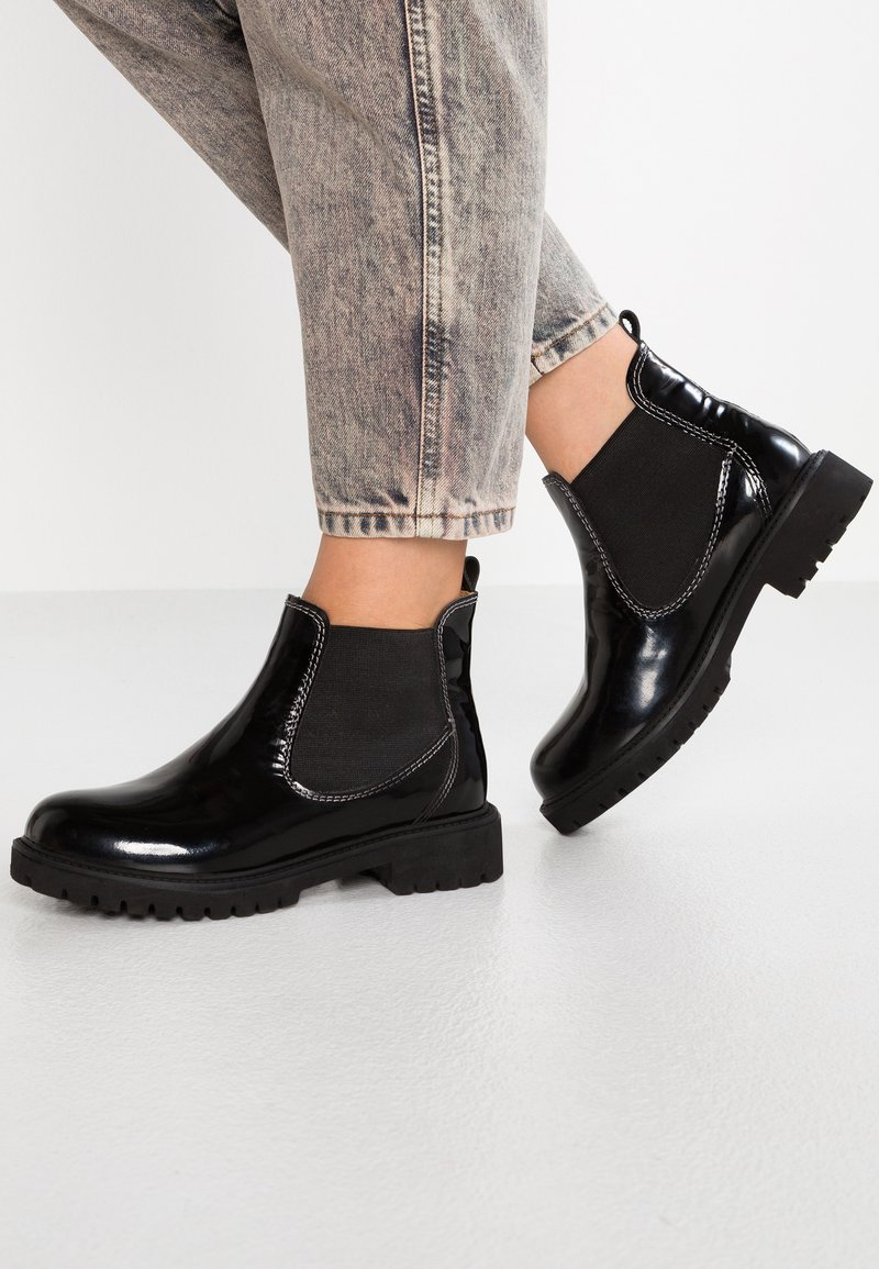 Darkwood - Ankle Boot - black