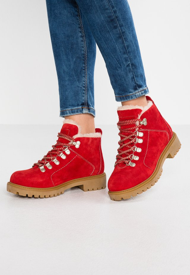 7007 - Winter boots - red