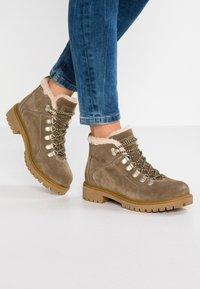 Darkwood - Ankle Boot - khaki - 0