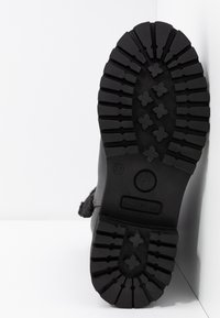 Darkwood - Winter boots - black - 6