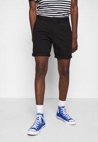 D-STRUCT - GROVE - Shorts - black - 0