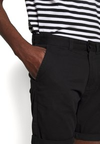 D-STRUCT - GROVE - Shorts - black - 4