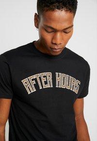 D-STRUCT - DOWNEY - T-shirt med print - black - 4