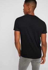 D-STRUCT - DOWNEY - T-shirt med print - black - 2