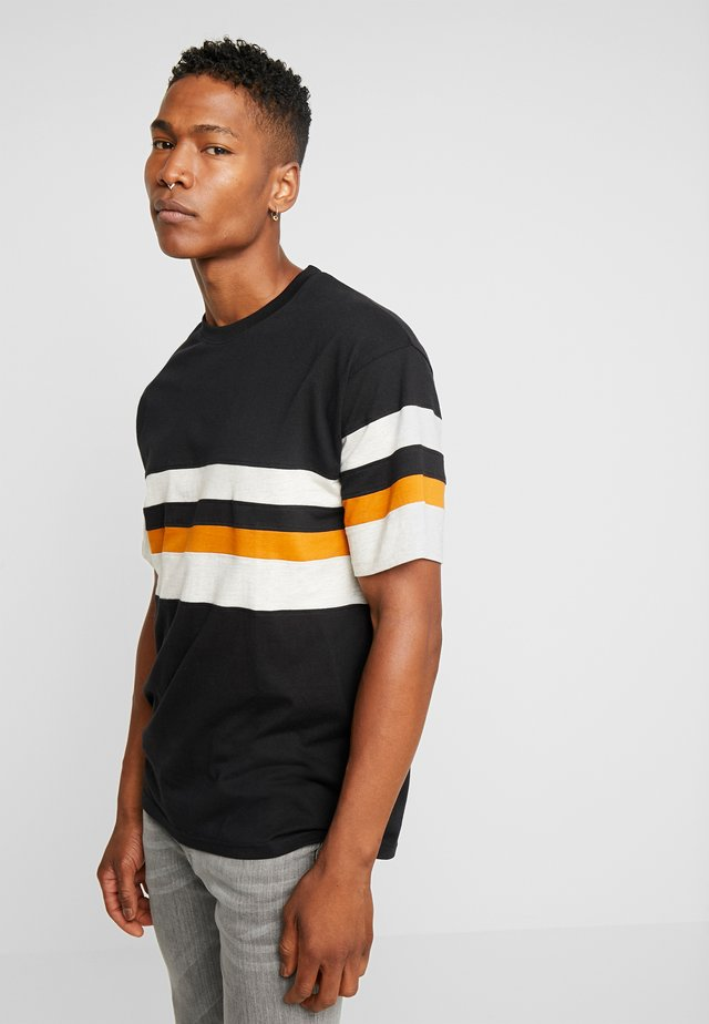 CALGER  - T-shirts print - black
