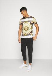 D-STRUCT - ALBERT - T-shirts print - ecru - 1