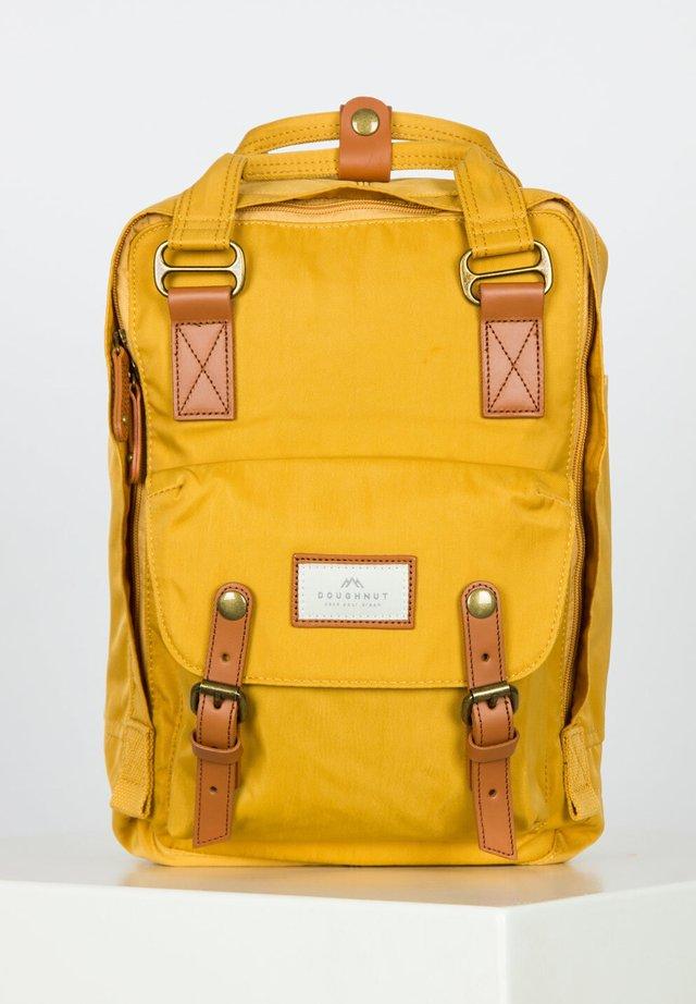 MACAROON - Rucksack - yellow