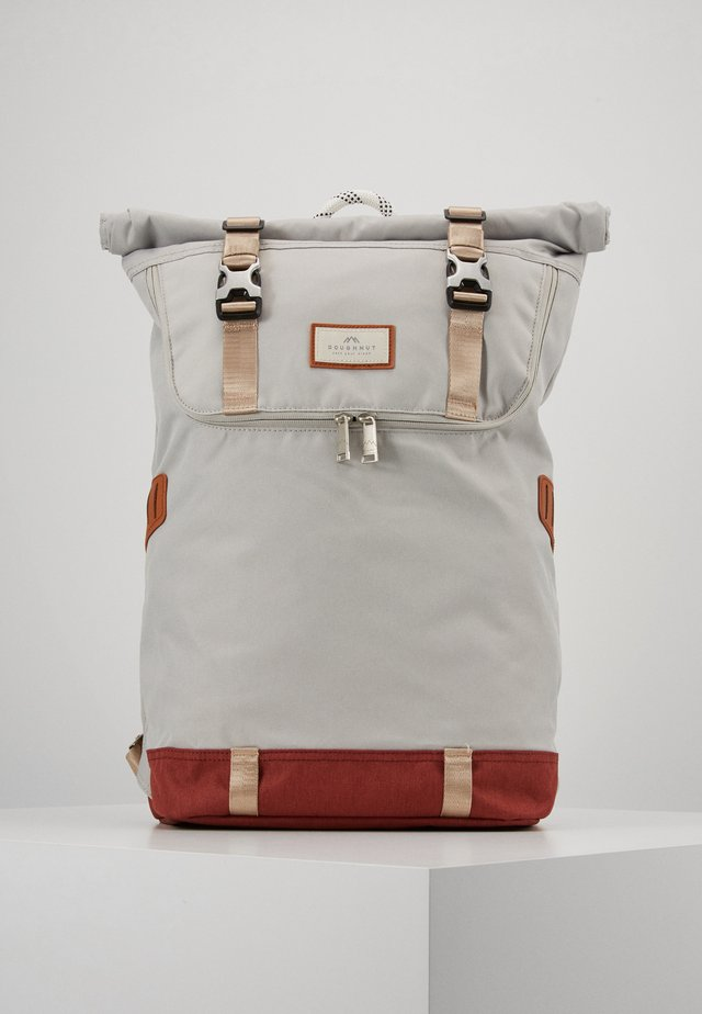 CHRISTOPHER MID TONE SERIES - Rucksack - light grey/maroon