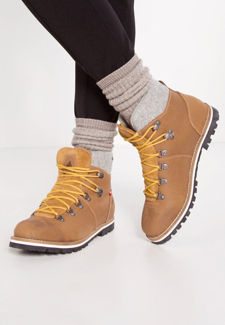 Dachstein - GEIERWALLY - Winter boots - brandy