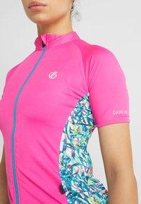 Dare 2B - EXPOUND  - Print T-shirt - pink - 6