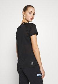 Dare 2B - DEFY TEE - Print T-shirt - black - 2