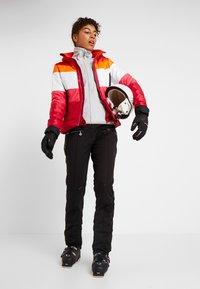 Dare 2B - LADYSHIP PANT - Ski- & snowboardbukser - black - 1