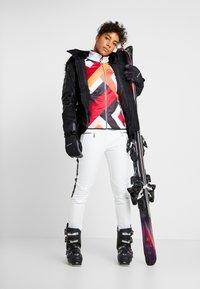 Dare 2B - PROMINENCY PANT - Pantaloni da neve - white - 1