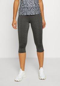 Dare 2B - INFLUENTIAL - 3/4 sportovní kalhoty - charcoal grey - 0