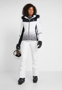 Dare 2B - ICEGLAZE JACKET - Ski jas - white - 1
