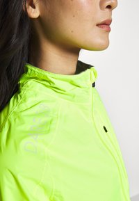 Dare 2B - MEDIANT - Windbreaker - fluro yellow - 3