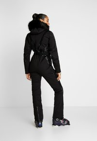 Dare 2B - MAXIMUM SKI SUIT - Täckbyxor - black - 2