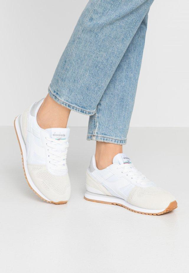 TITAN SOFT - Sneakers - white