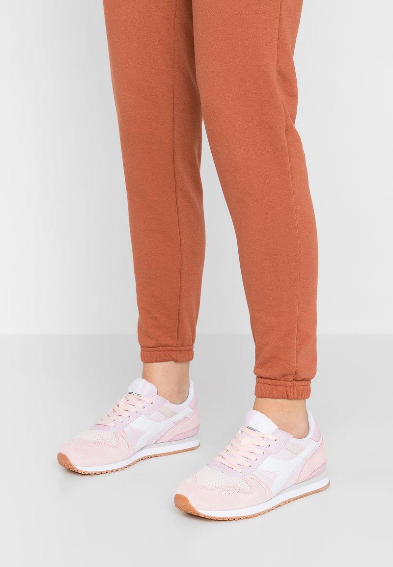 Diadora - TITAN SOFT - Sneaker low - heavenly pink