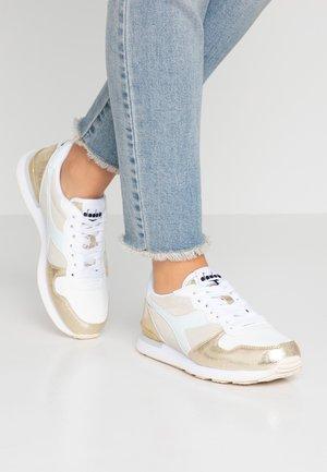 BLING - Sneakersy niskie - white/gold