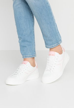 GAME  - Trainers - white/blossom