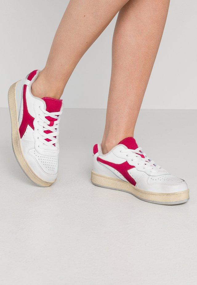 BASKET USED  - Sneakers laag - grigio alluminio/rosso azalea