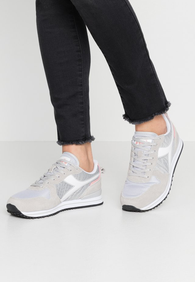 OLYMPIA - Joggesko - grey alaska/white