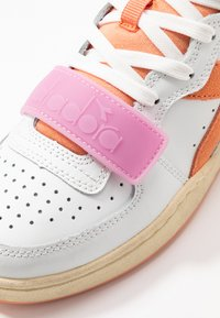 Diadora - BASKET USED - Sneakers laag - cantaloupe/pastel lavander - 2
