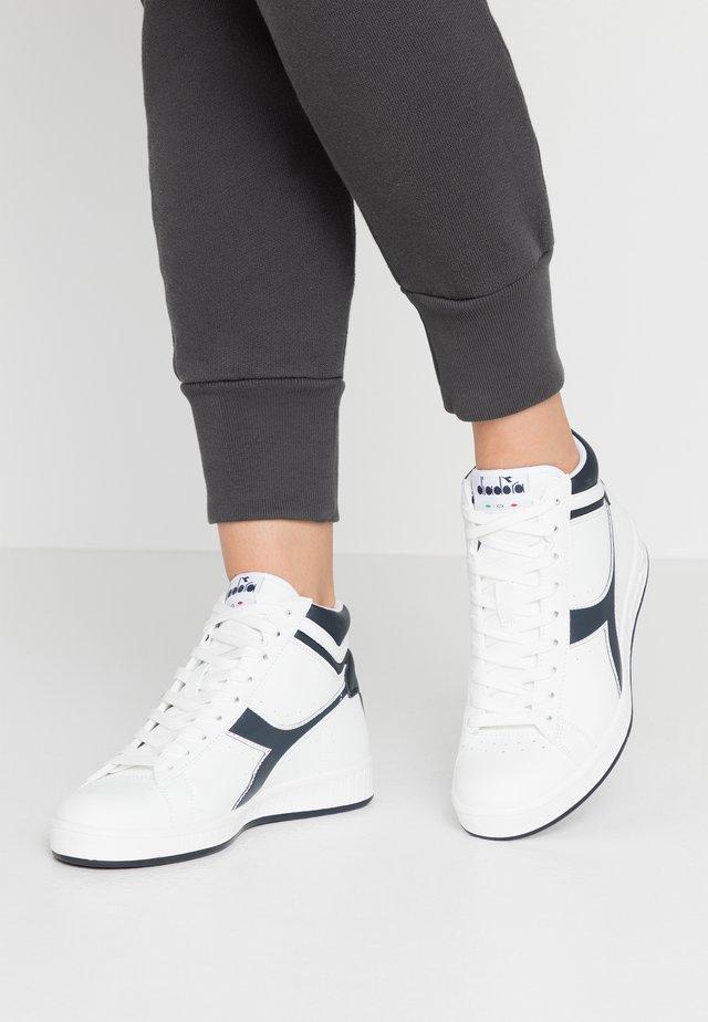 GAME  - Höga sneakers - white/blue denim
