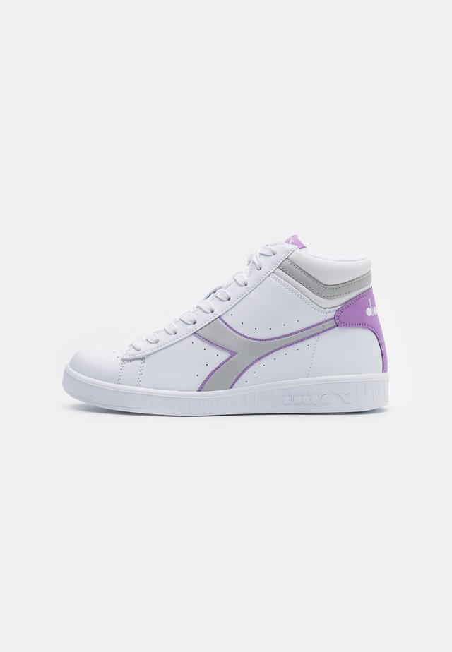 GAME  - High-top trainers - lunar rock/lupine