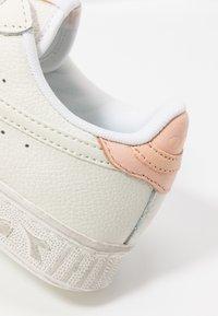 Diadora - GAME WAXED - Trainers - white/pale peach - 2