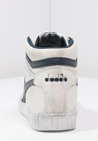 Diadora - GAME WAXED - Sneakers hoog - white/blue caspian sea - 3